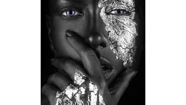 Schilderij Fashion portrait of a dark-skinned girl with silver foil make-up
